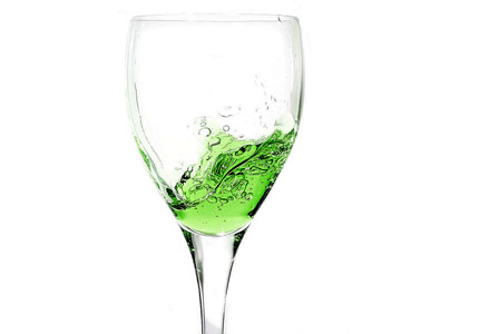 Green-Wine-Splash